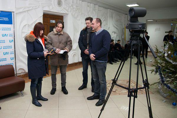 Шість регіональних телеканалів Суспільного отримали нову техніку для зйомок нового проекту «Дебати»