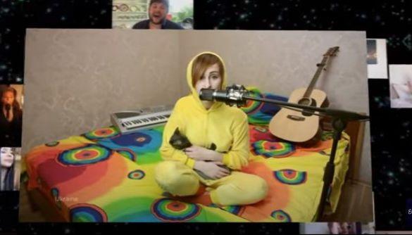 Під час онлайн-концерту «Євробачення: Європо, запали світло» солістка Go-A заспівала у себе на ліжку