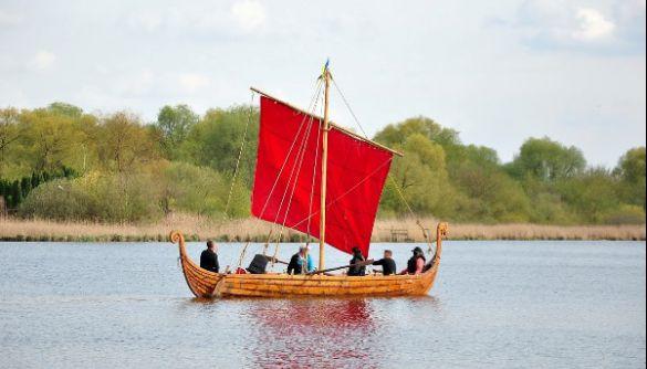 Філії Суспільного покажуть Фестиваль прадавніх човнів у Рівному