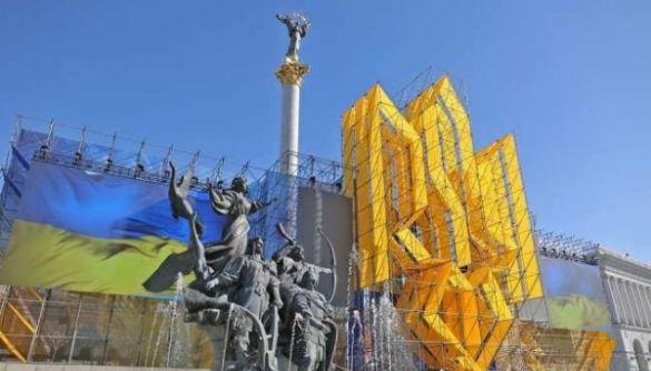 «Українське радіо», «Промінь» і «Культура» до Дня Незалежності транслюватимуть включення з майдану, прем'єри програм і спецефіри
