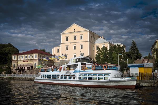 «UA: Тернопіль» у День міста покаже історії впізнаваних містян