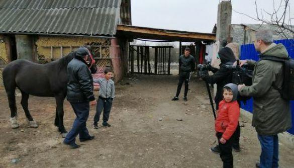 На каналі «UA: Закарпаття» стартує оновлена програма «Ромське життя»