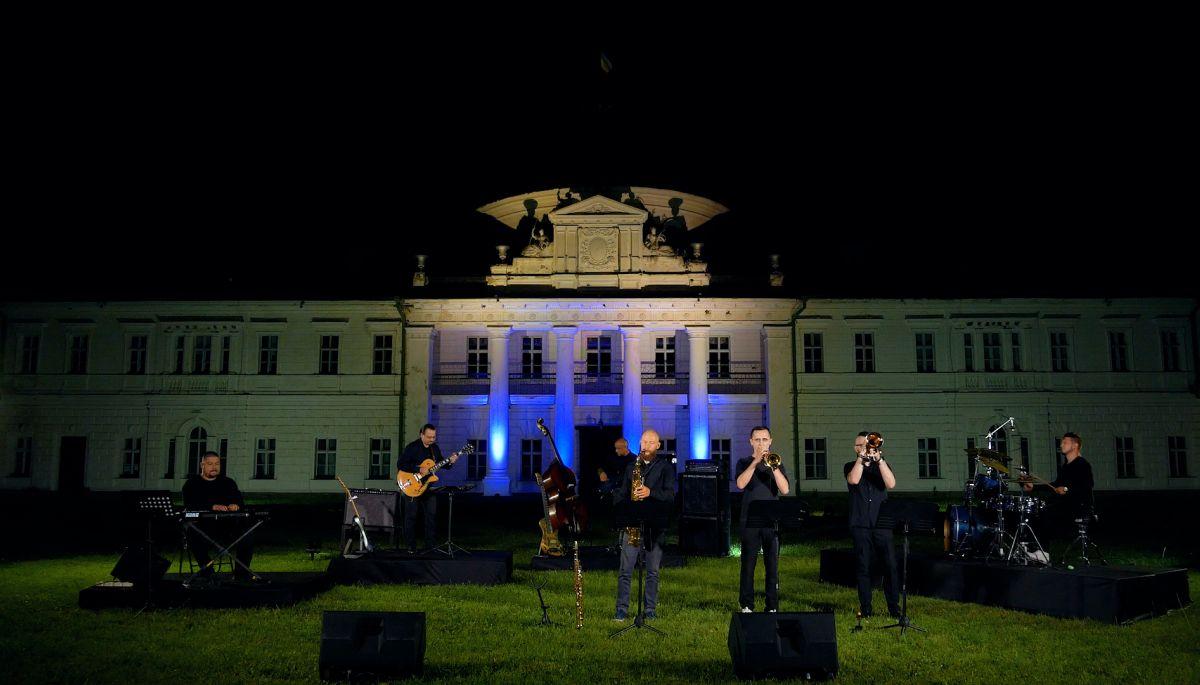 Філії Суспільного покажуть концерти з відомих туристичних локацій Чернігівщини